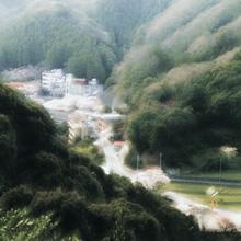 鈍川温泉郷入り口付近(玉川)